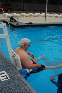 Person with a Spinal Injury getting ready to SCUBA